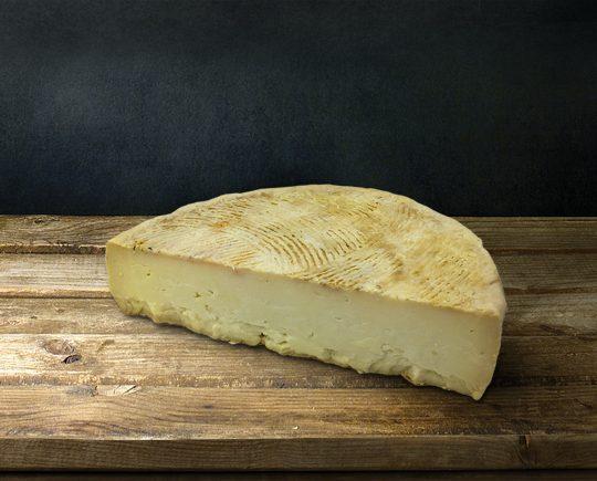 """Τυρί """"Τσεμπέρης"""" Ιθάκης"""